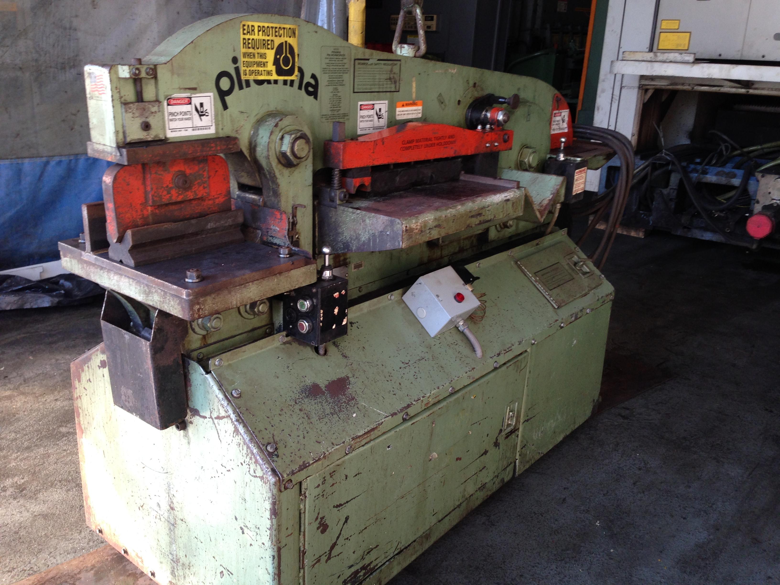 Welding Platen Table Ironworker : Piranha P4 90 Hydraulic Ironworker