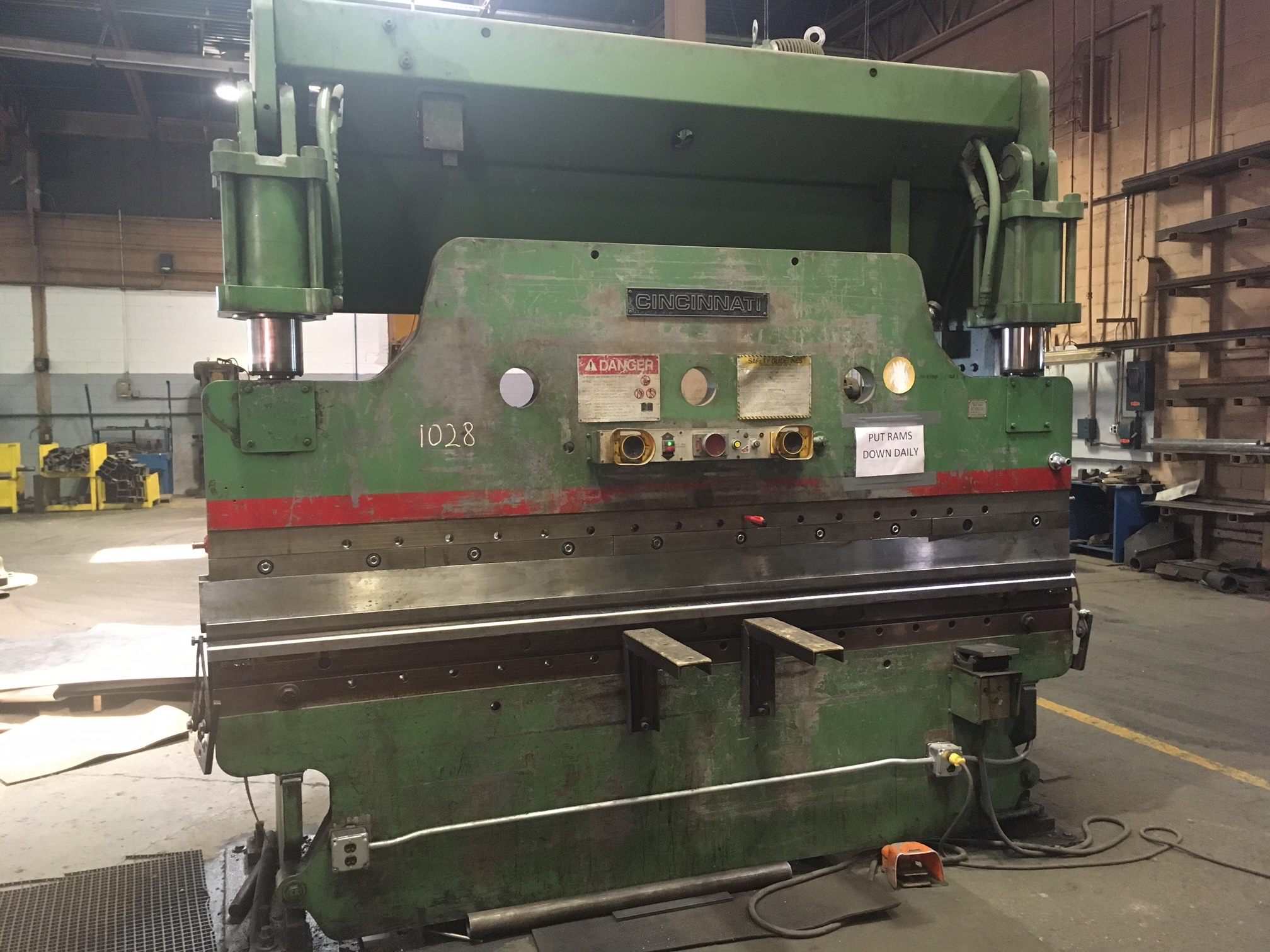 Cincinnati Press brake Manual pdf